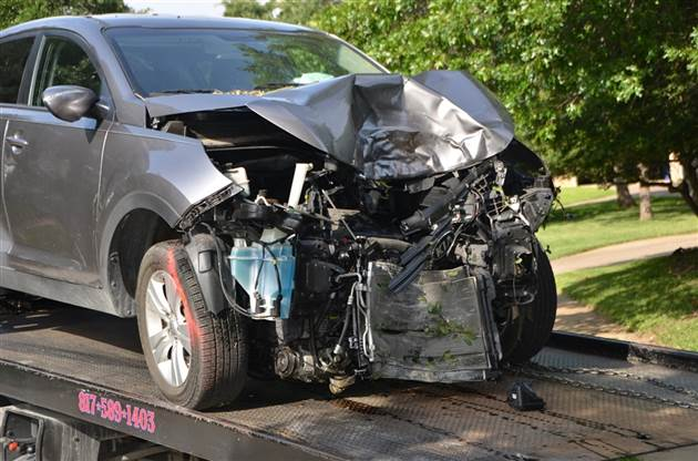 Auto Body and Collision Damage Repairer